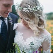 Darling-bridal-hair-flowers