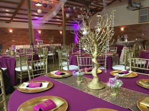 reception-purple-decor