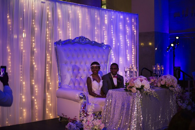 Bride_Groom_headtable